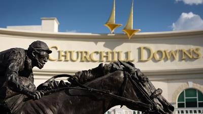 Churchill Downs Horse Statue